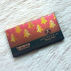 (LIMITED) ABH TAMANNA DRESSYOURFACE PALETTE